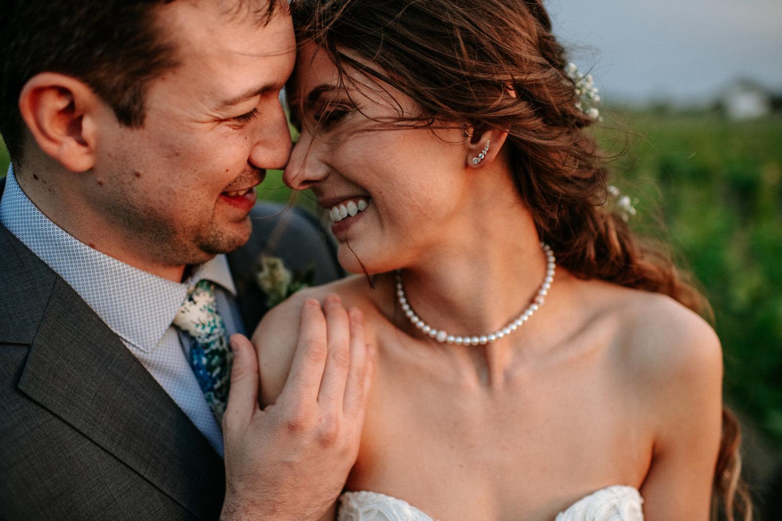 emotional storytelling wedding photographer