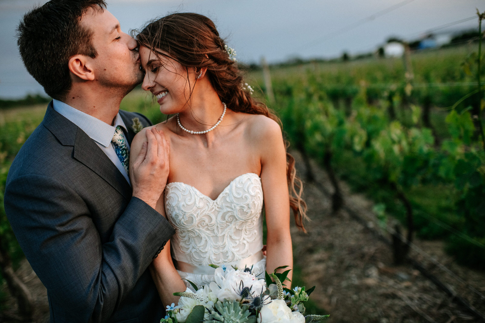 candid wedding photographers newport ri