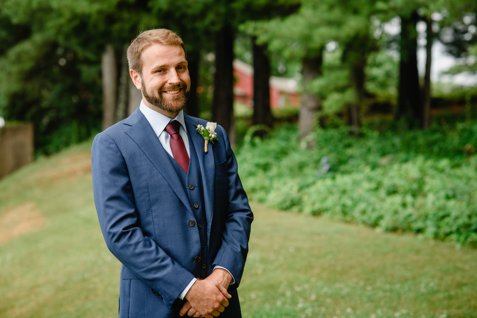 groom portraits at fruitlands